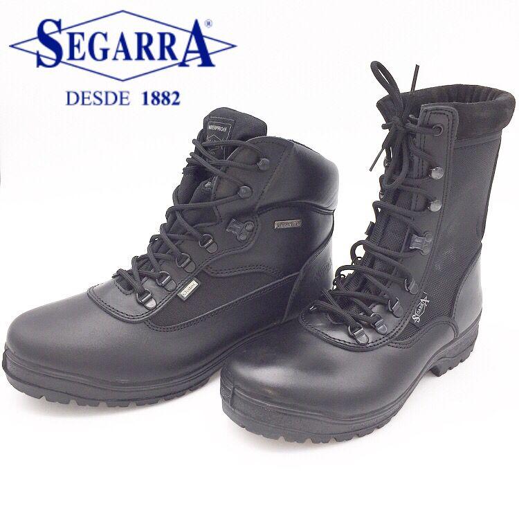 9a66aa22 Si eres un profesional sabrás que el calzado es el elemento importante tu  equipamiento ¡no