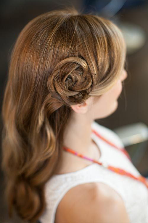 10 Gorgeous Holiday Party Hairstyles: Hair Flower  #hairstyles #hair #partyhair