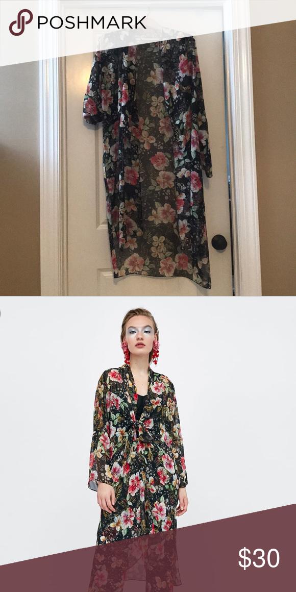 31516af1 Zara floral kimono Lightweight floral kimono with front tie Worn once Zara  Jackets & Coats