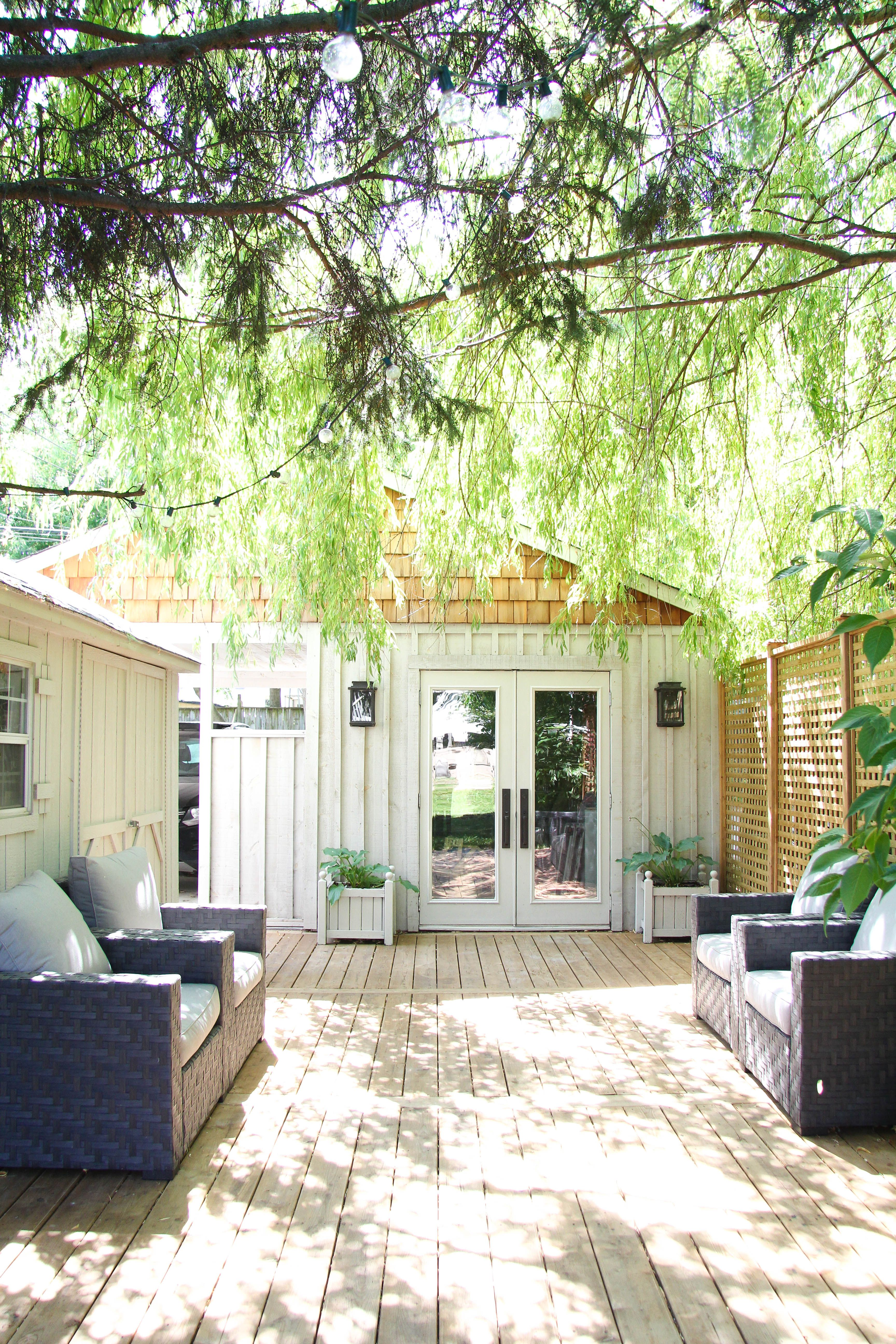 Creating A Backyard Retreat with Lowe's / Reveal ...