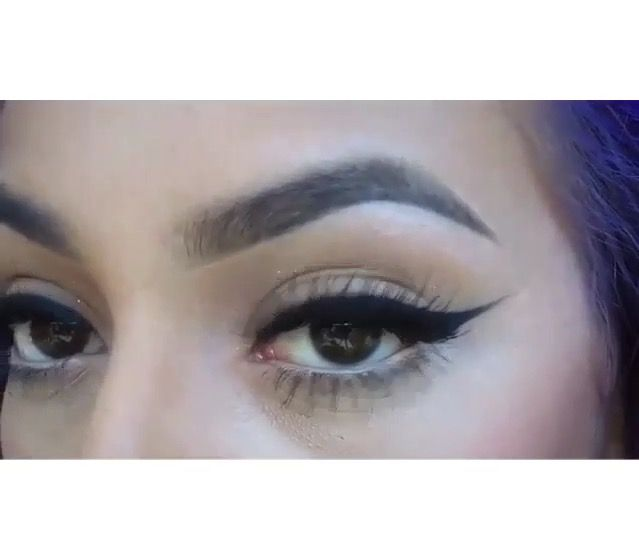 Amazing Winged Eyeliner And Eyebrows Kingkerol Pinterest