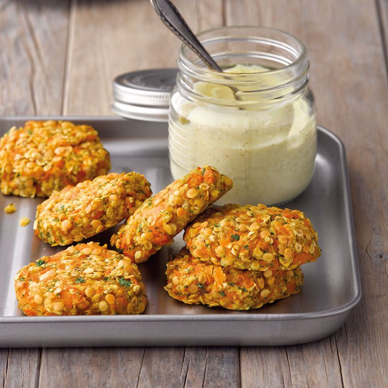 Photo of Carrot Lentil Thaler with Curry Dip Recipe | WW Germany