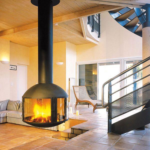 Chemin e bois contemporaine foyer ferm suspendue agorafocus 850 focus chemin es - Cheminee interieur maison ...