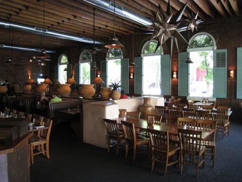 Tres Hombres Long Bar & Grill, Chico, CA