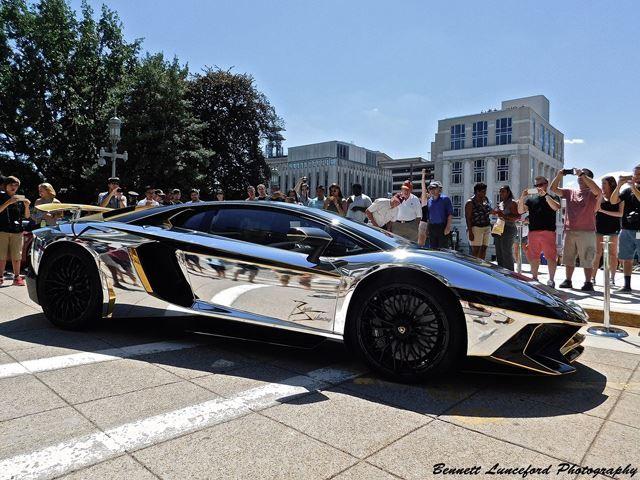 Is This Chrome-Wrapped Lamborghini Aventador SV The ...