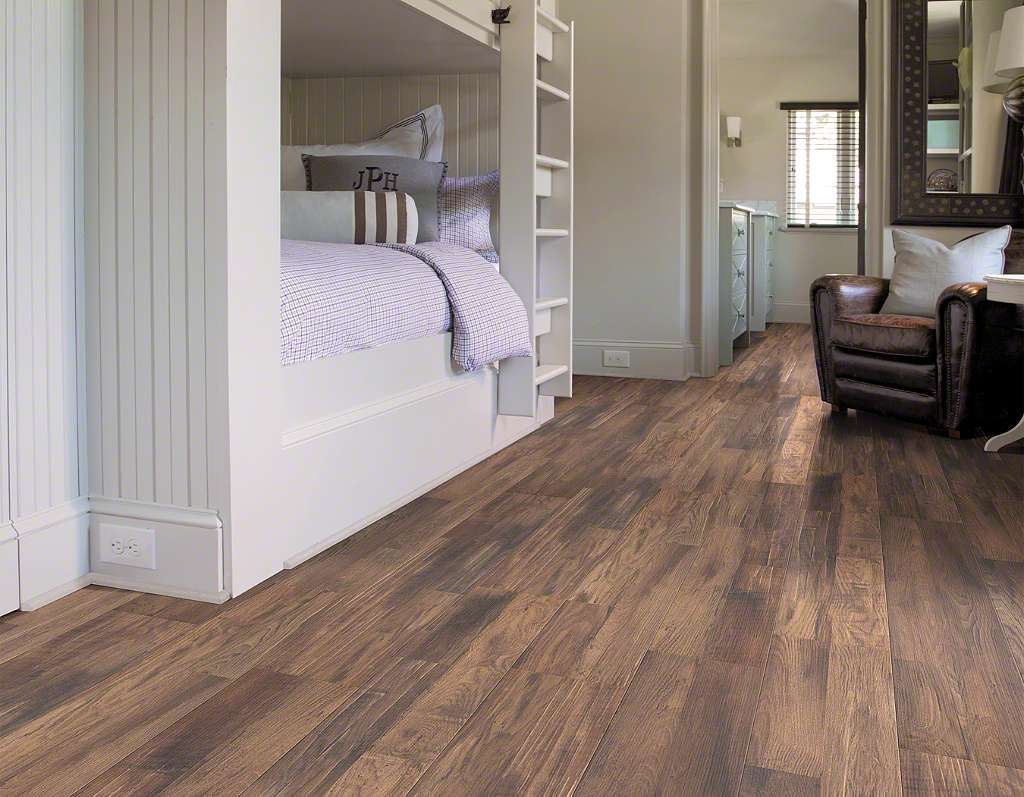 Shaw Reclaimed Collection Foundry Laminate Flooring 1 4 X