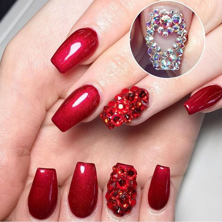 Valentine's nails by Amanda apexhairnailstudio Red