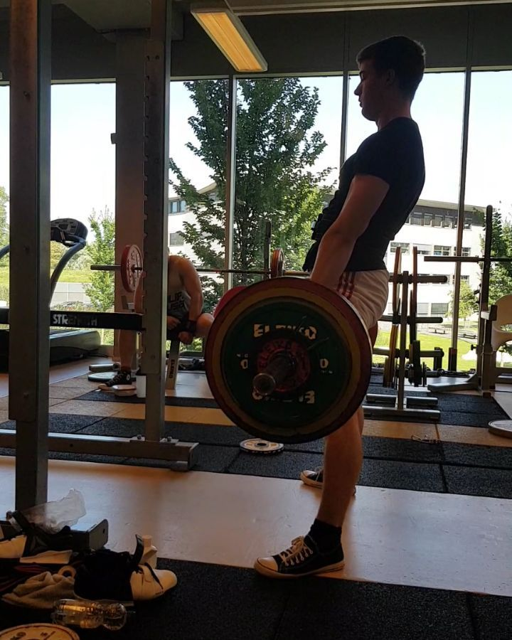 225 kg / 496 lb single @ 7 from thursday's training. Super happy with this one. Went a lot better th...