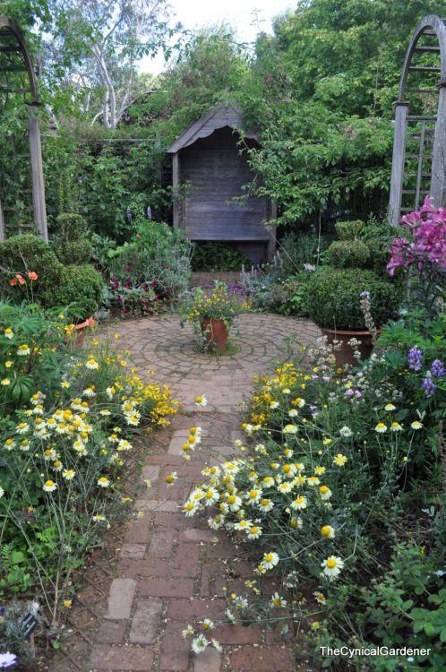 Gardening A Creative Journey Cottage Garden Plants Cottage Garden Walkway Landscaping