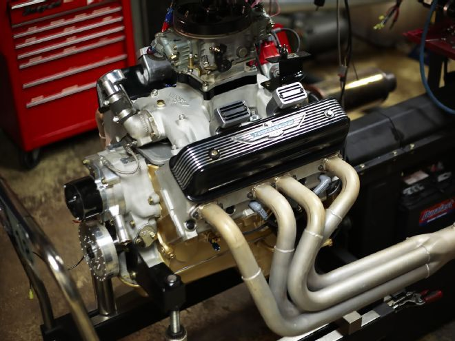Hot Rodded Ford Y Block Pumps Out 540hp Ford Hot Rods Engineering