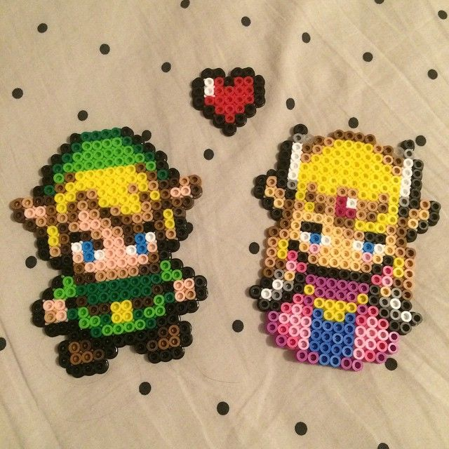 LoZ Link and Zelda perler beads by Muggle Merch