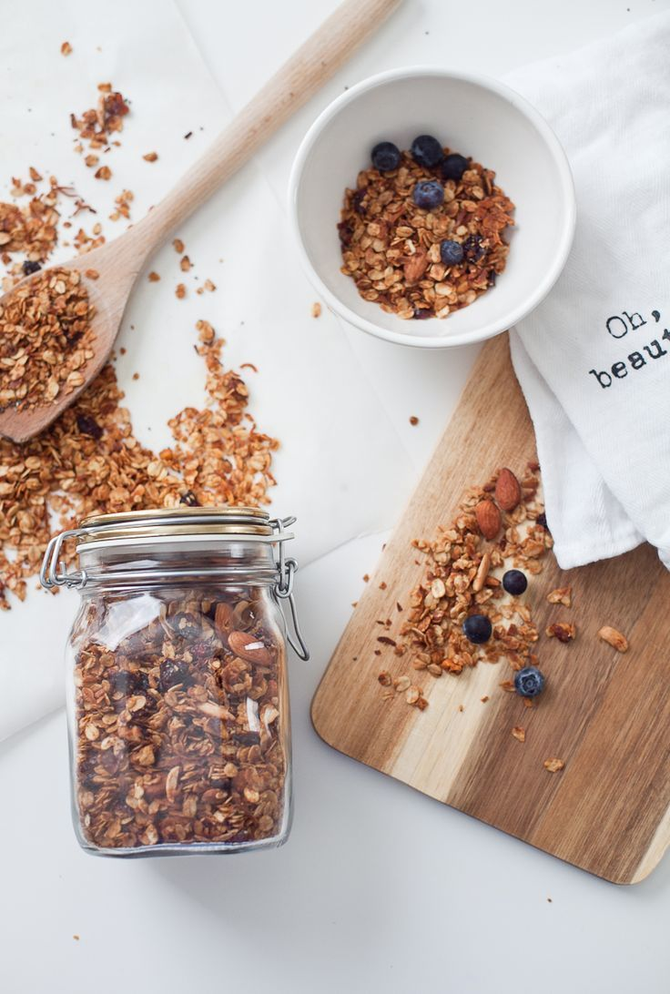 Easy Homemade Granola Healthy And Simple To Make For Your Family I Like Focus On The Whole Natural Things Can Put In A Mix Of Myself Not
