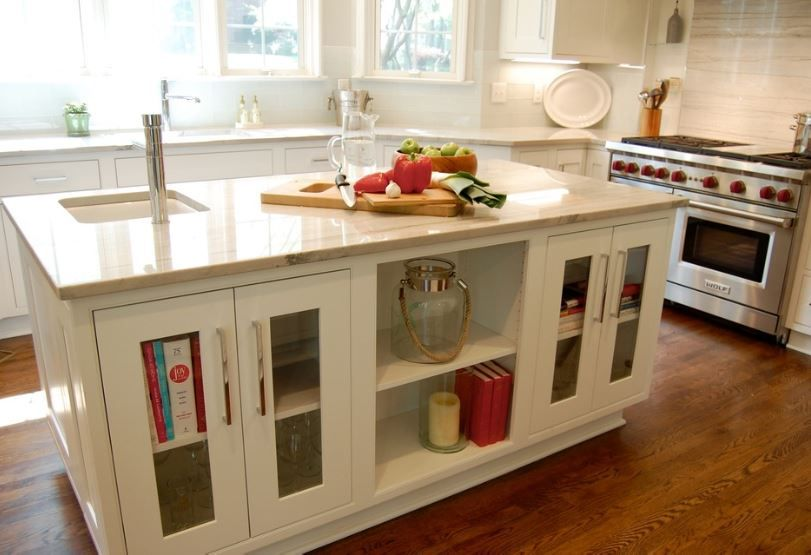 A kitchen remodel in the Friendly Acres suburb of ...