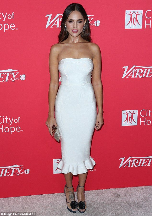 Eiza Gonzalez Glams Up In White To Be Honoured By Variety Latino