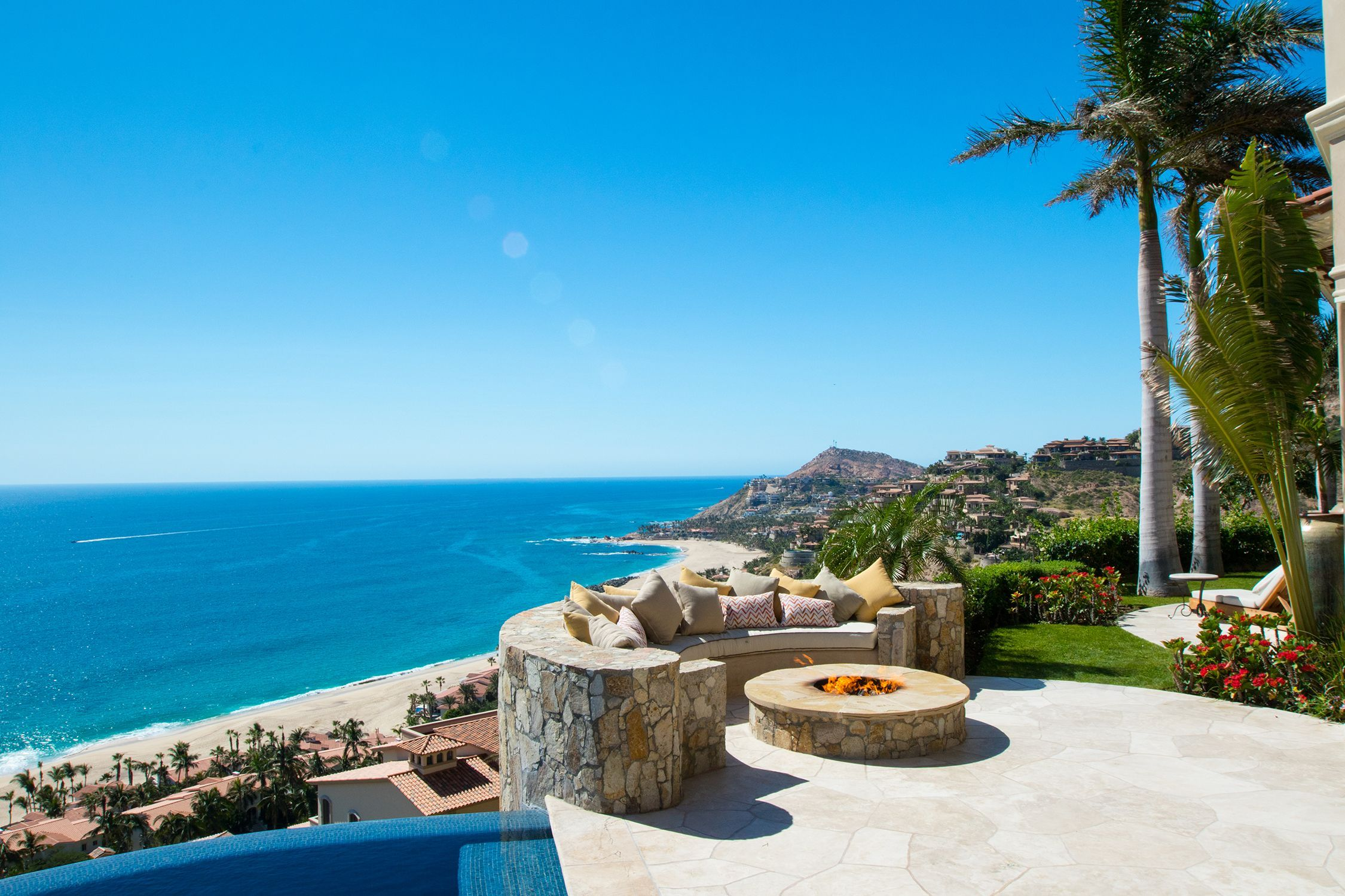 Lifestyle In Cabo Michael Baldwin Properties Los Cabos Baja California Sur Mexico Info Lifestyleincabo Com C Indoor Outdoor Living Panoramic Views Villa