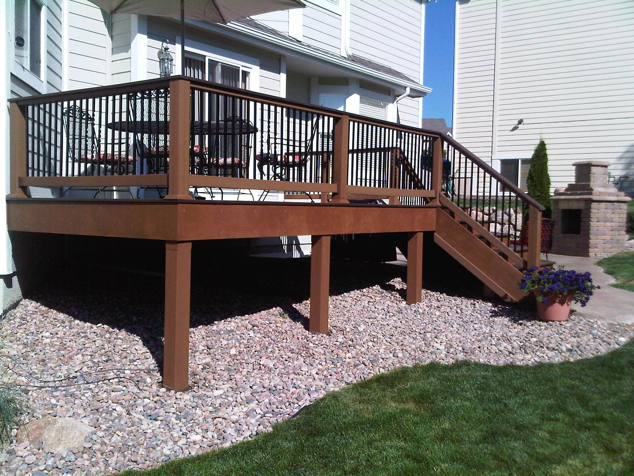 TREX posite Deck with Fortress Railing ballusters