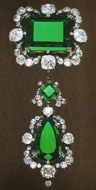 incredible emerald and diamond brooch. Could they be real?
