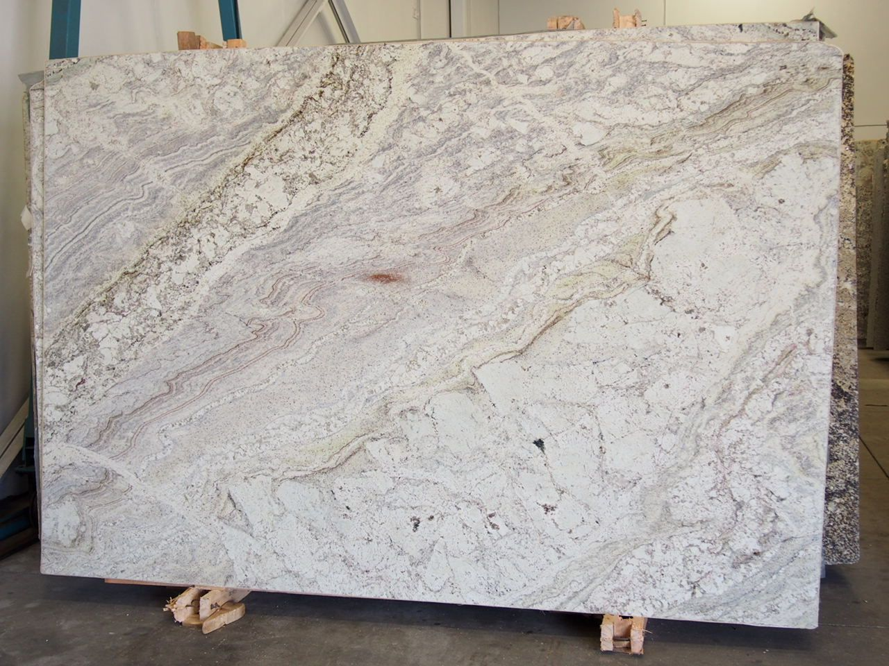 Siena river granite slab sold by milestone marble size for Granite slab dimensions