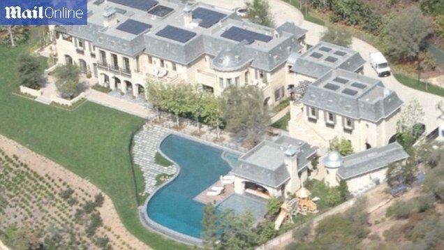 Dr Dre Buys Gisele Bundchen And Tom Brady La Fortress