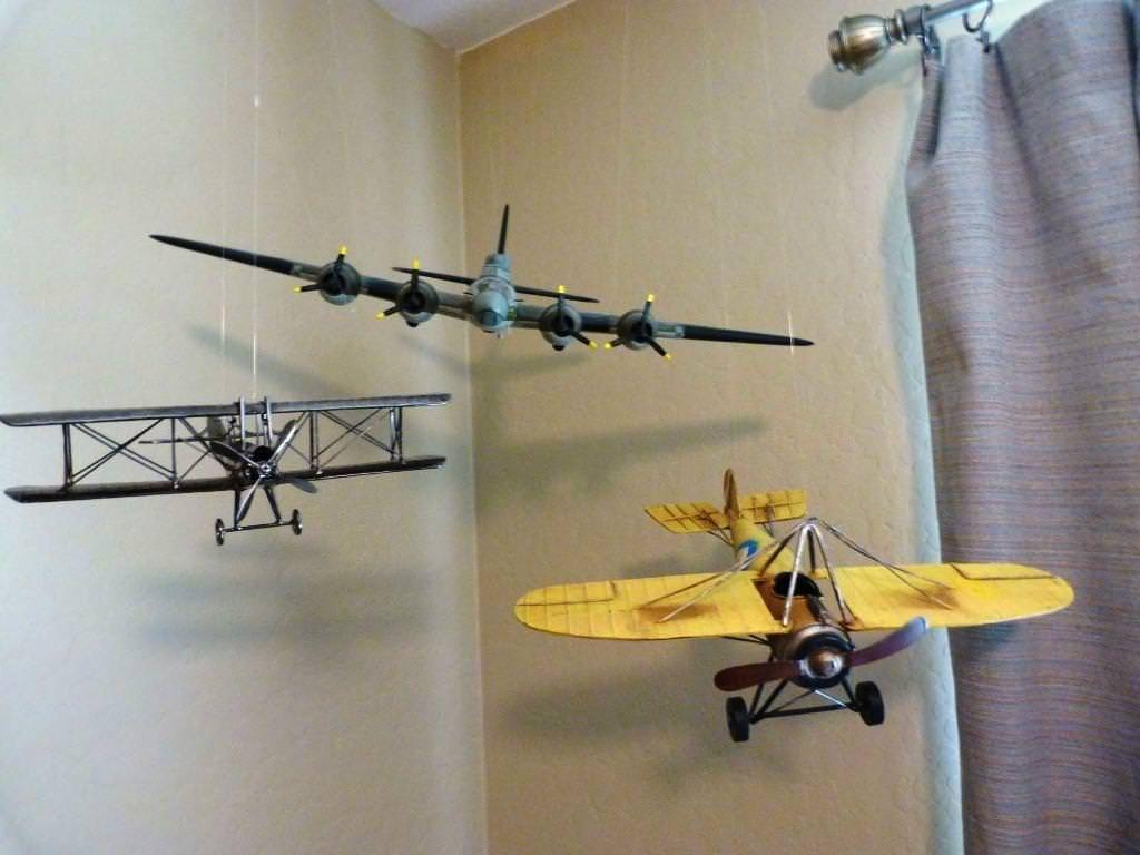 Airplane Decor Ideas Airplane Decor Ideas In 2020 Vintage Airplane Nursery Airplane Nursery Airplane Room