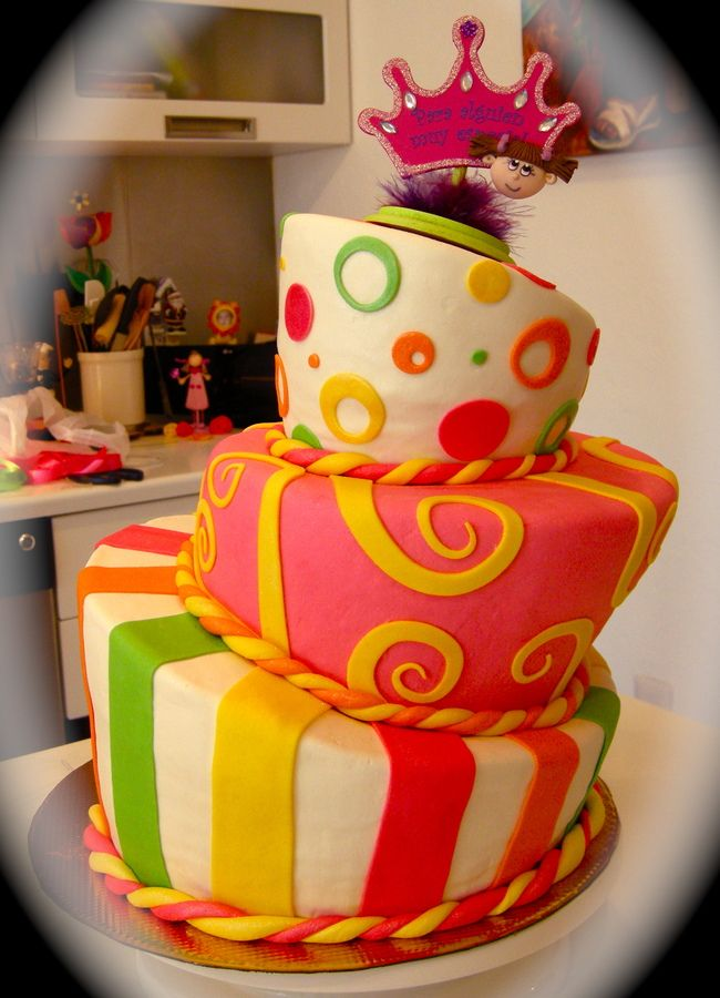 Birthday Cake For 11 Year Old Girl Children S Birthday Cakes Birthday Cake Girls Girl Cakes Childrens Birthday Cakes