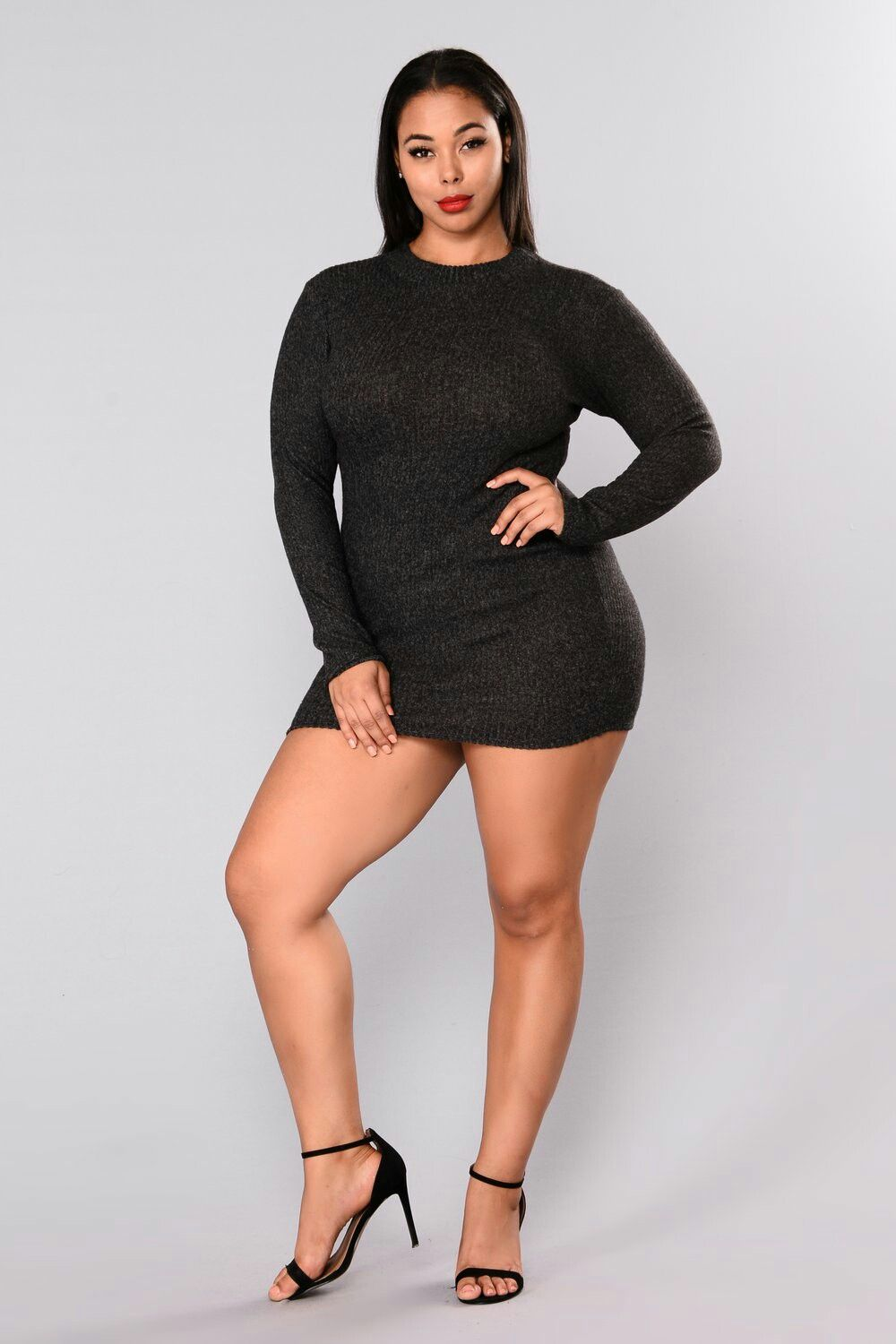 892d3e8943 The fashion industry all over world has realized that increasing numbers of  customers fall under the category of plus size. By not dealing in plus size  clo