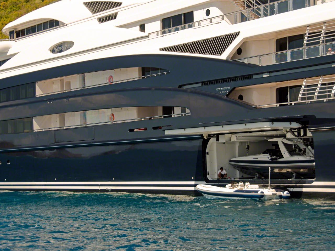 Serene Yacht The Toy Garage Is Opened On Serene And The Megayacht Is Taller Than My Yacht Boat Yacht Yatch Boat