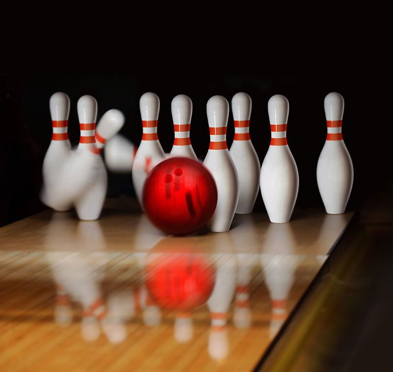 Orange Ball Does Strike On Tenpin Bowling In Skittle Ground Royalty Free Images Stock Photography Serdyuk Ssuaphoto Accuracy Action Ai V 2020 G Sport