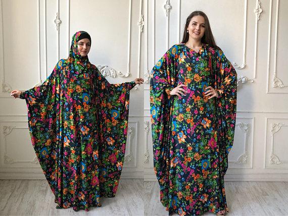 b0dd384e08b91 White floral maxi dress, free size Muslim prayer dress, Muslimah ...
