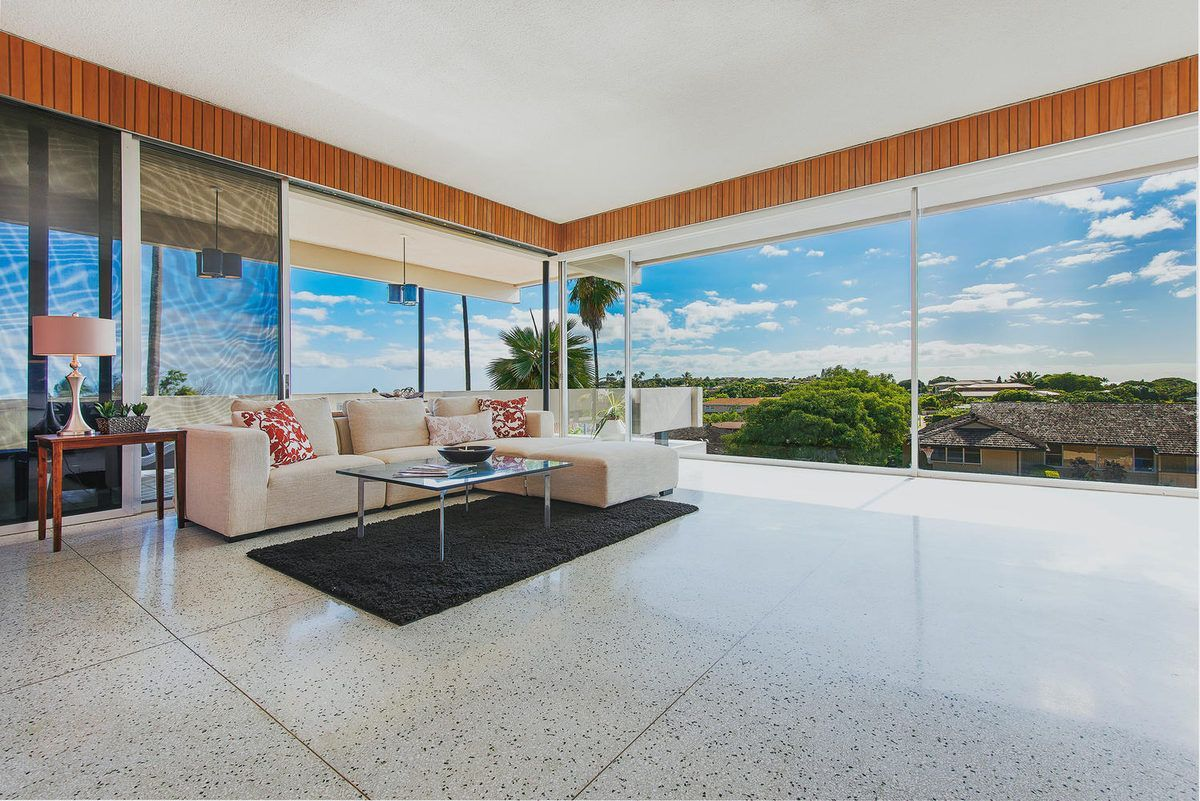 Untouched 60s Hawaii House With Amazing Views Asks 3 6m