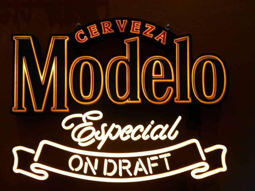 Cerveza Modelo Especial Neon Sign | Other Stuff We Like