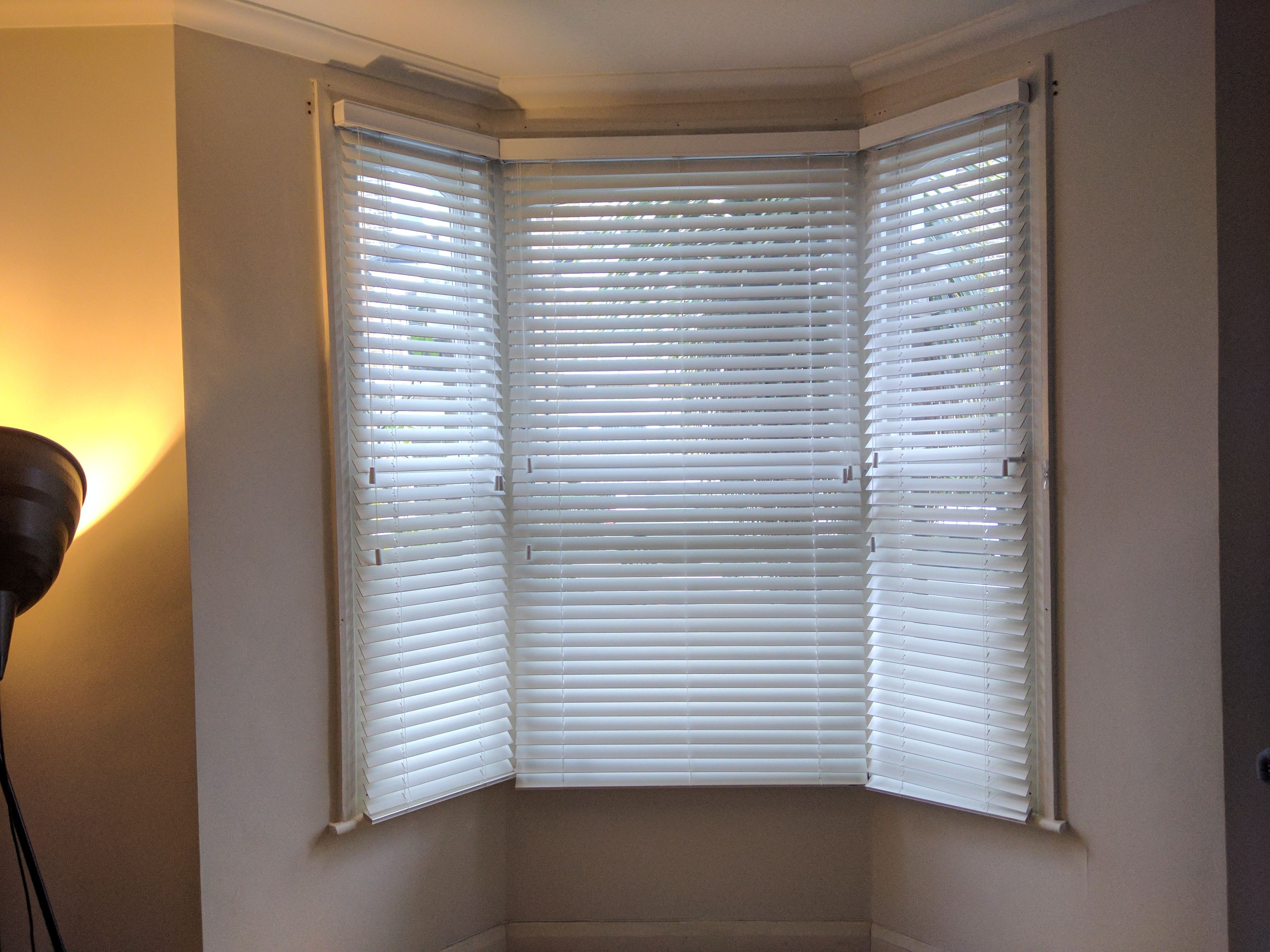 Wood Venetian Blinds Fitted To Bay Window In Archway North London Made To Measure Living Room Blinds Modern Blin Blinds Living Room Blinds Modern Blinds