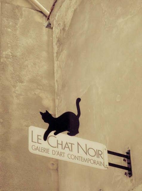 Art Gallery Sign Le Chat Noir Montmartre Paris Fredericclad Thefarm In 2020 Kittens Cutest Cat Signs Black Cat