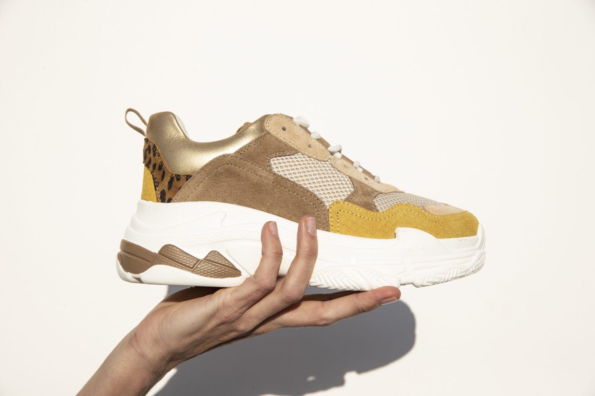 Shoecolate Sneaker in Farbe beige um 54% reduziert online