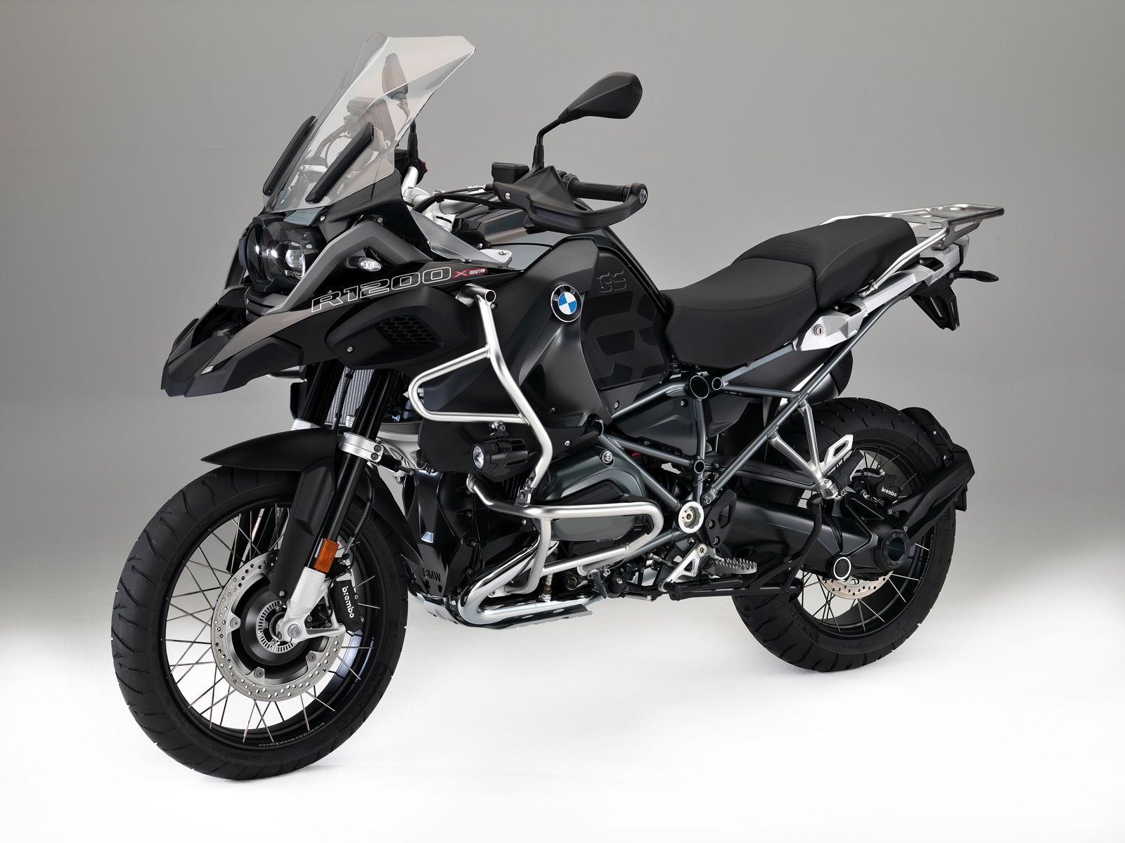 first hybrid, xdrive bmw motorcycle revealed - http://www.bmwblog