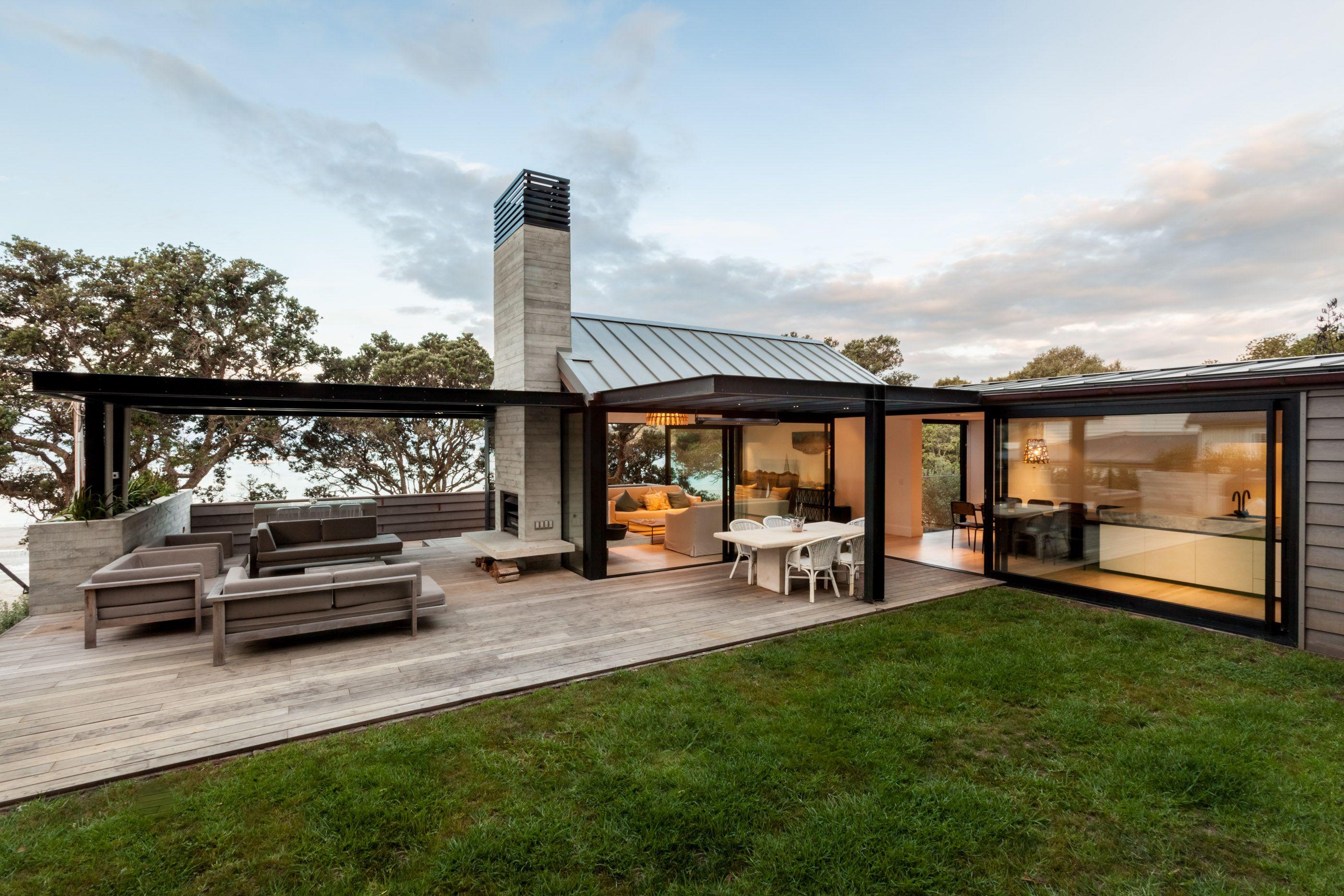 Modern Architecture New Zealand locarno outdoor room system // new zealand architecture // waiheke