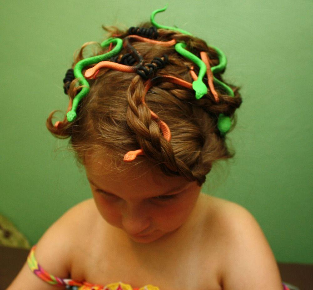 Easy $3 Medusa Costume and Makeup Tutorial & Easy $3 Medusa Costume and Makeup Tutorial   Pinterest   Medusa ...