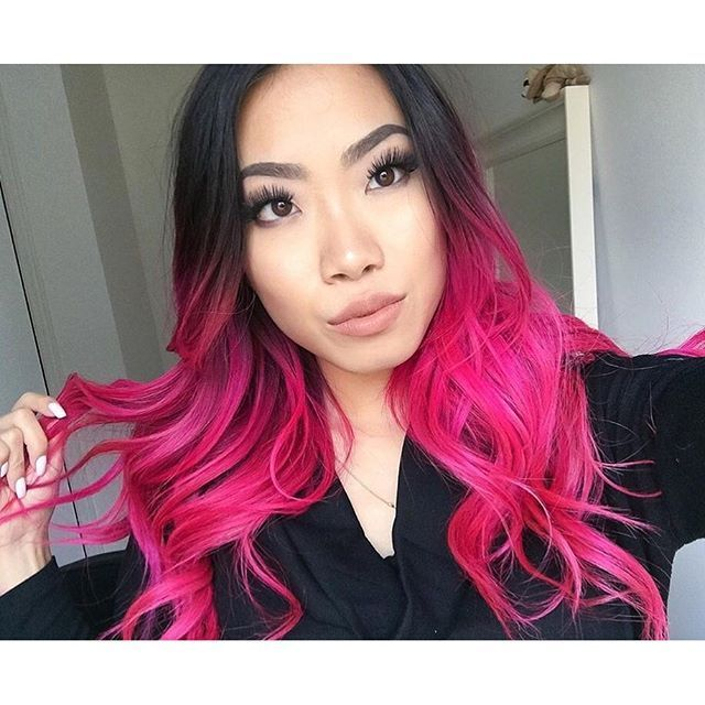 Color Without The Commitment Tracy Nakata Went From Blue To Purple To Hot Pink In Just A Few Short Weeks Sho Hair Color Pink Pink Hair Dye Pink Ombre Hair