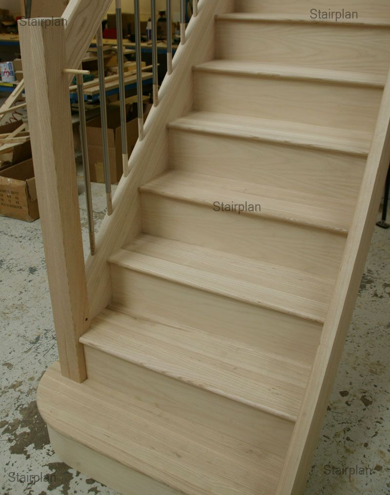 Best Ash European Style Staircase Stainless Steel Balusters 640 x 480