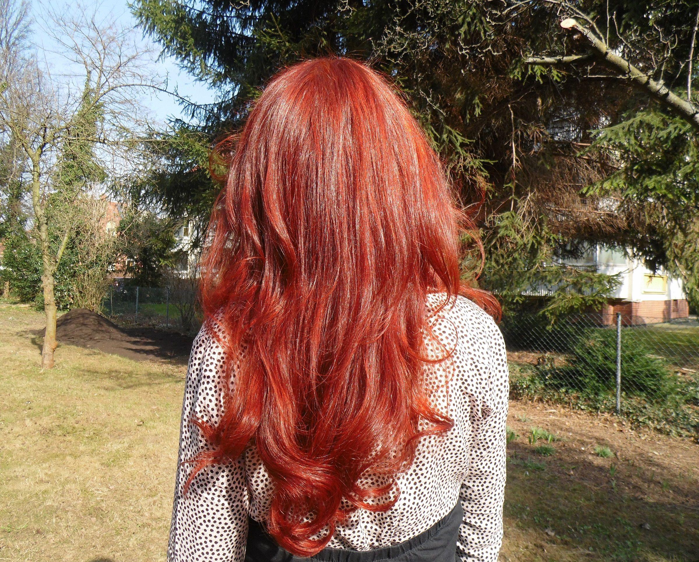Henna gefarbte haare mit chemie farben