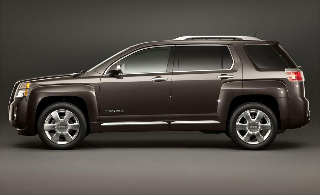 2013 Gmc Terrain Denali Squares And Rectangles Everywhere And A Lot Of Space To Sit This Is Surely One Of The Best Suv With 3r Gmc Terrain Terrain Denali Gmc