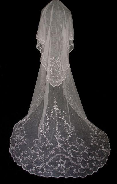 First Quality Bridal Veil  Lace Wedding Veil  Soft Lace Soft Tulle  Veil D-126