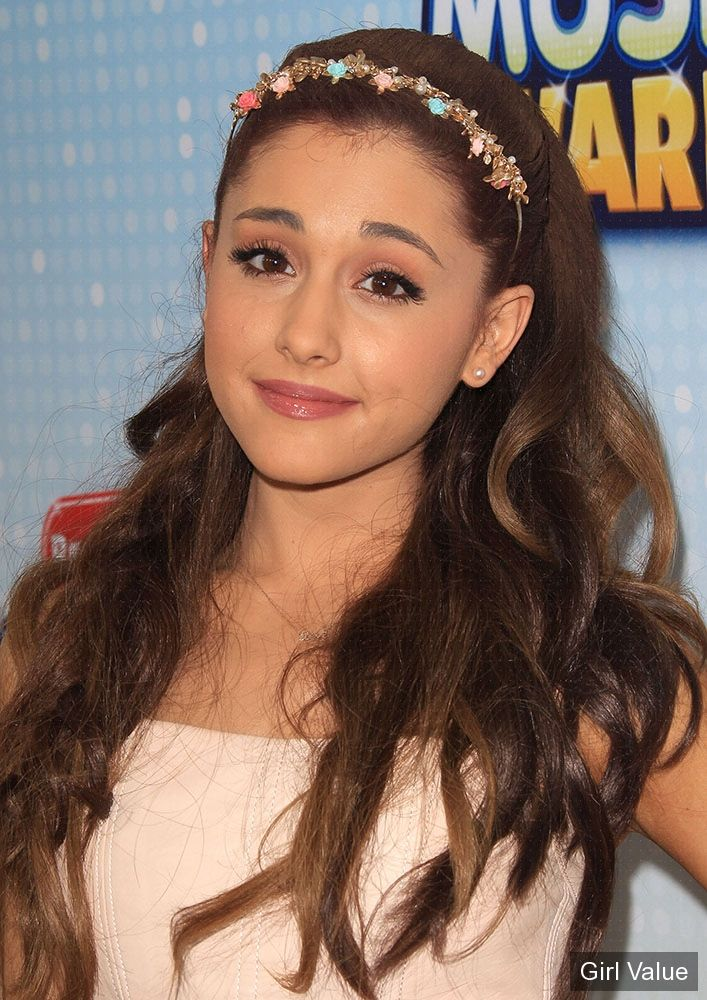 Ariana Grande toured with Justin Bieber