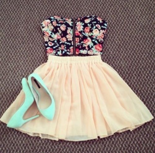 Floral top,light peach colored skirt and mint heels