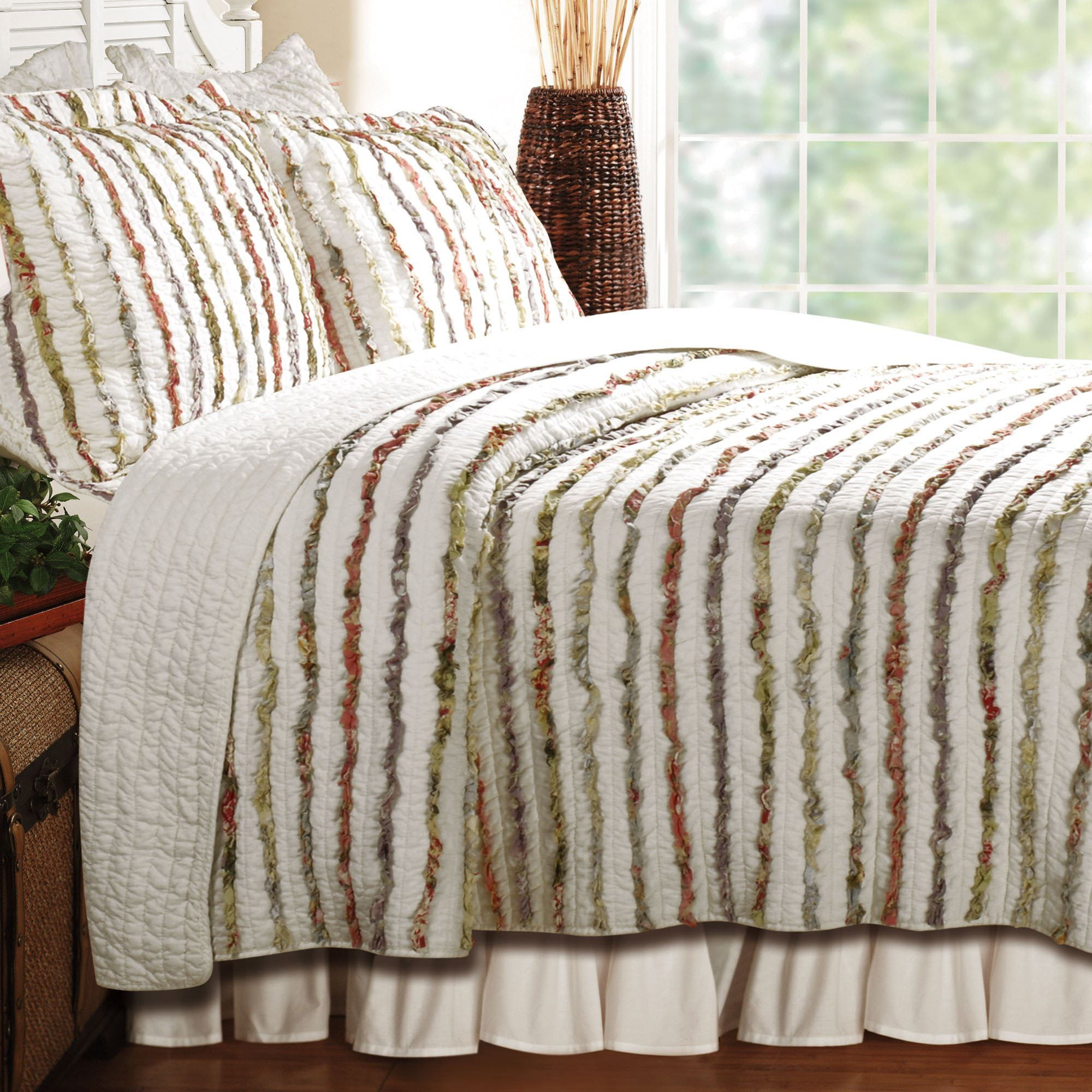 Bella Cotton Ruffle Quilt Bedding Set Quilts Id Like To Make