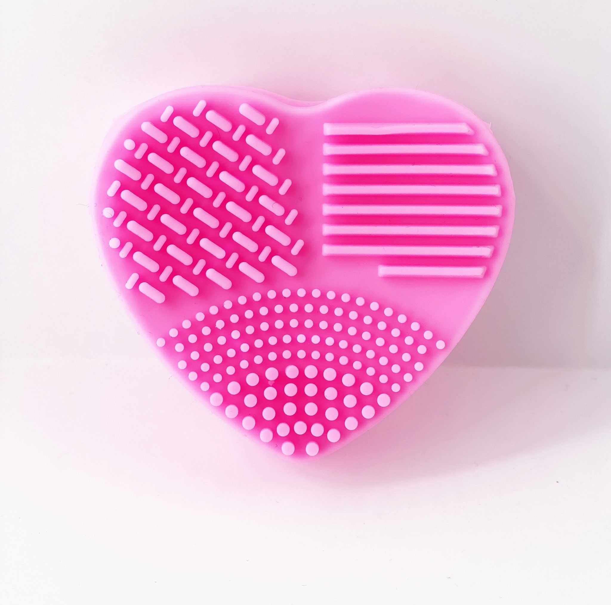 1 Heart Makeup Brush Cleaner Sugary Cosmetics In 2020 Makeup Brush Cleaner Brush Cleaner Makeup