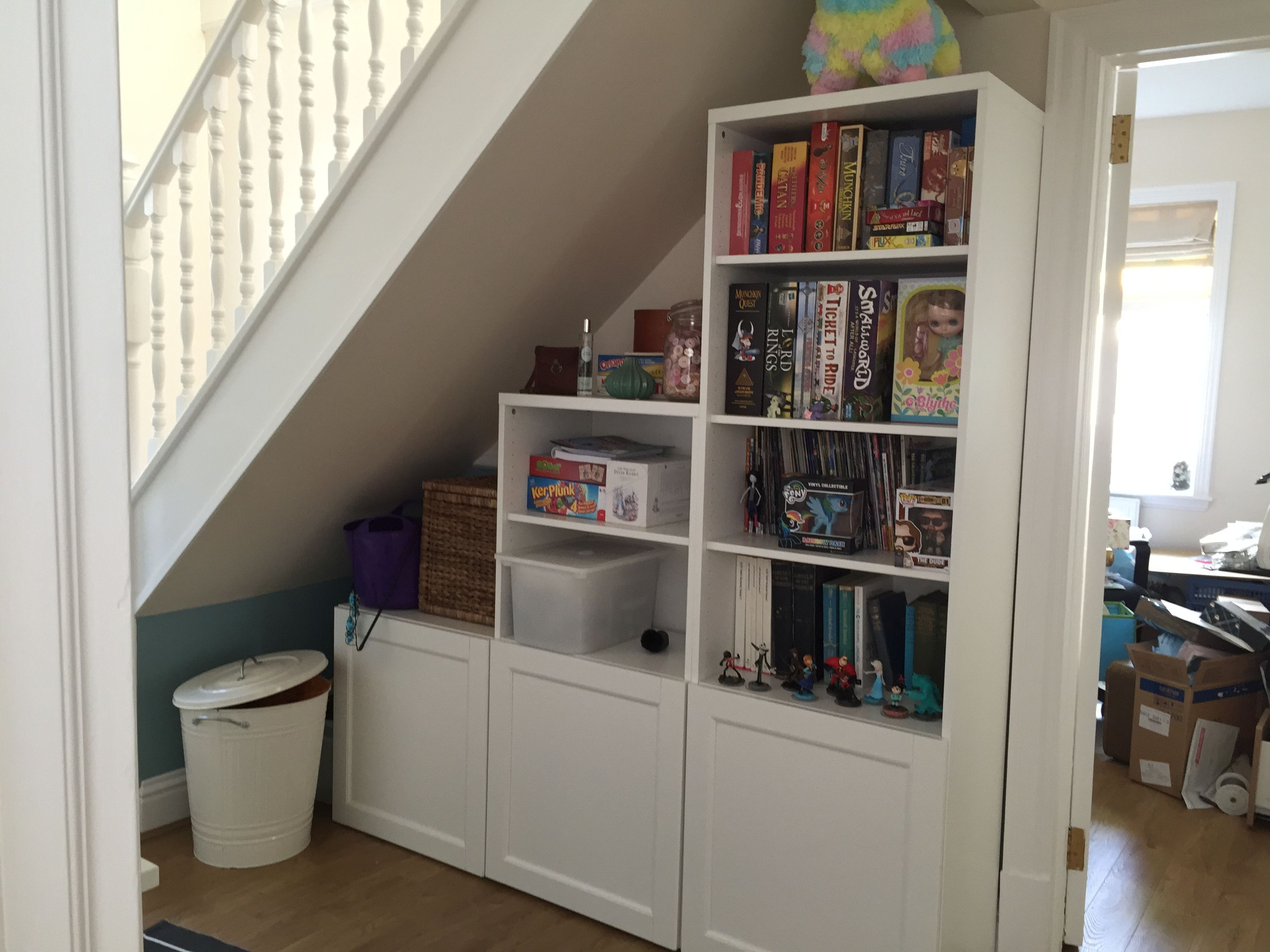 shelving unit under the stairs ikea besta entry. Black Bedroom Furniture Sets. Home Design Ideas