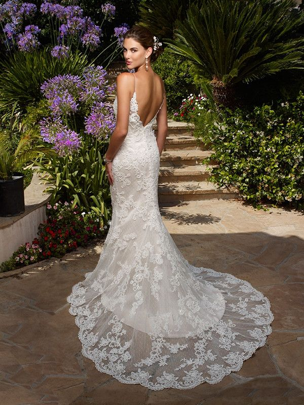 36 Low Back Wedding Dresses