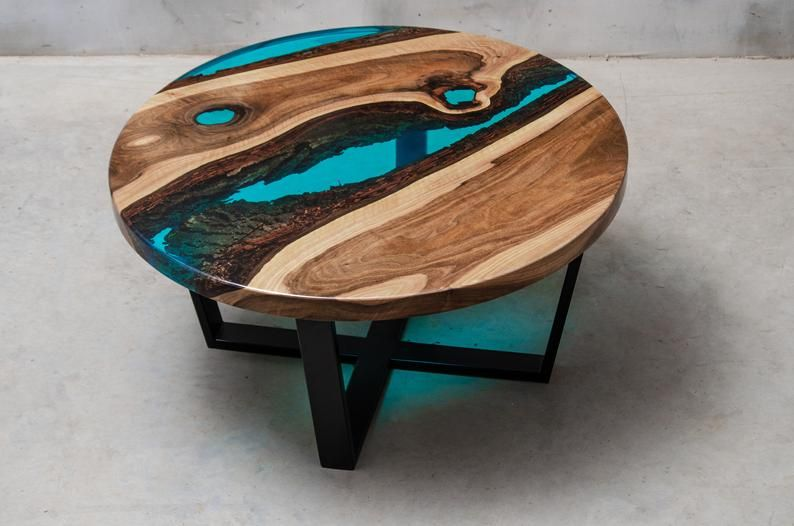 Table En Resine Live Edge Table Basse Table De Resine Epoxy Table Epoxy Table En Noyer Tableau De Bord Direct Table Basse Riviere Table De Riviere En 2020 Table Bois Table