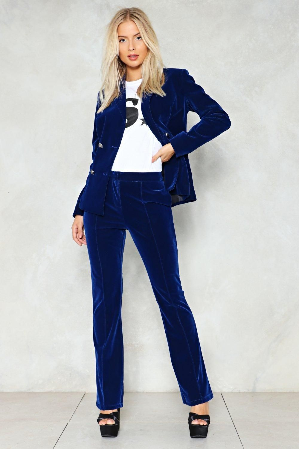 98798a0ed56 16 Jumpsuits and Suits That Will Make You Totally Stand Out on Prom Night